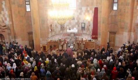 Святая Пасхальная литургия в Кафедральном соборе Покрова Пресвятой Богородицы